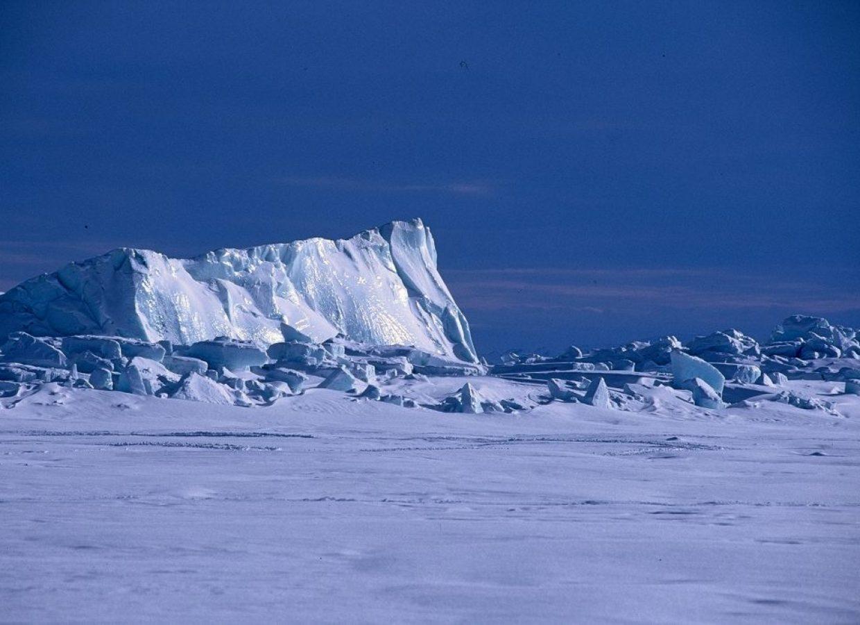 iceberg neige canada