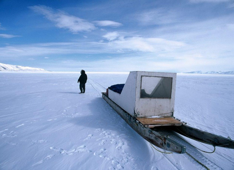 traineau neige nunavut canada