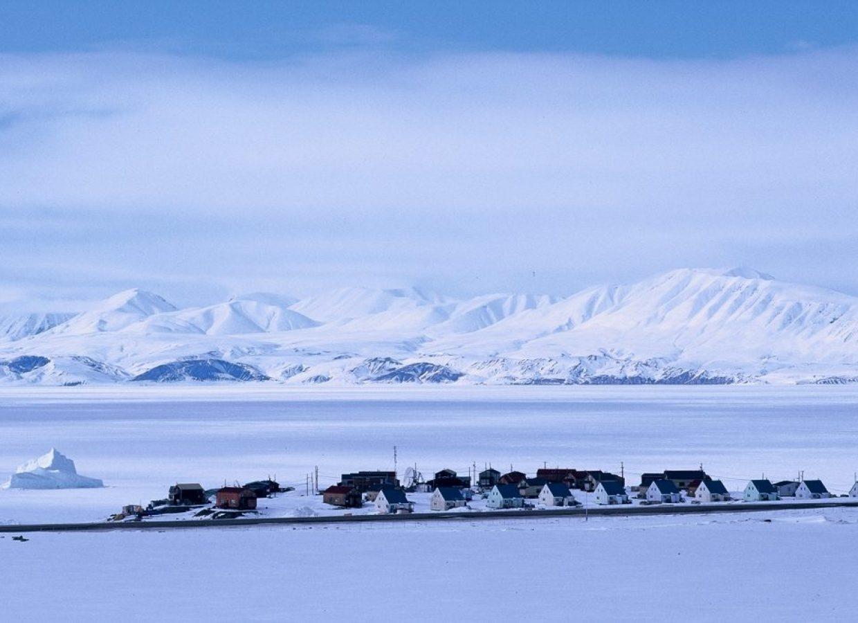 village nunavut iceberg neige
