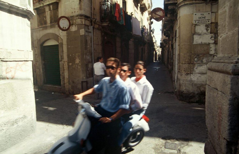 3 hommes 1 vespa